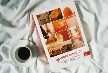 Resenha do livro Apenas um dia - Gayle Forman | Enfim, resolvido!